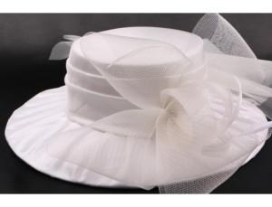 chapeau-mariee-muse-en-taffetas-ecru